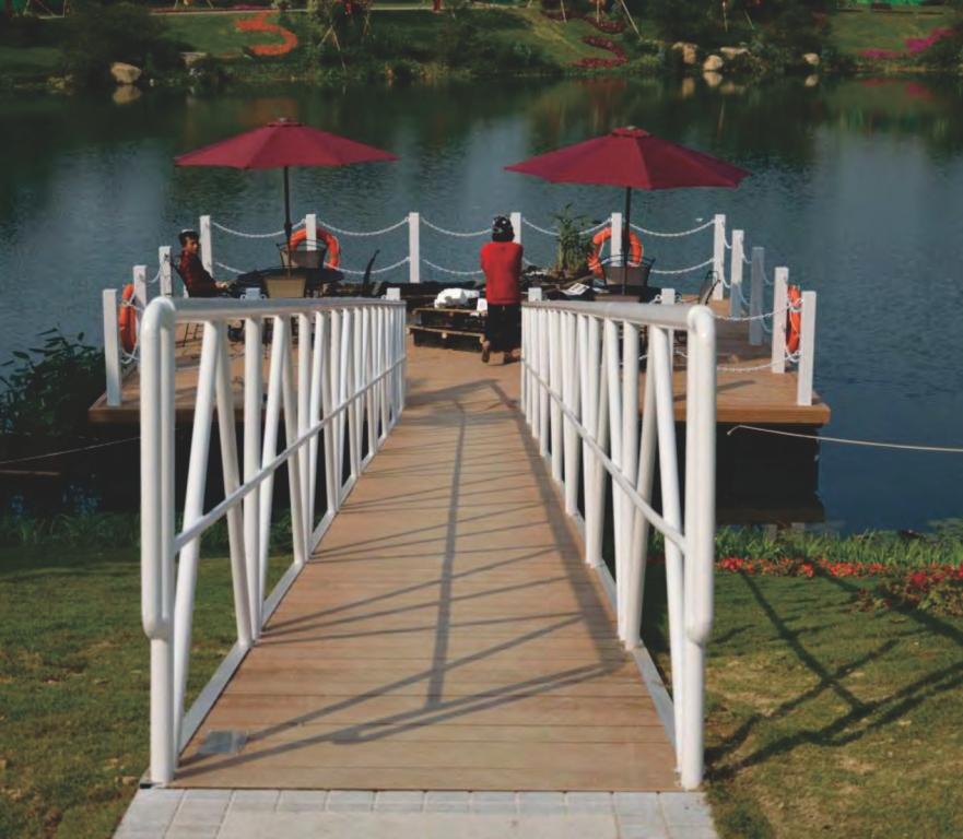 Dermaga Jembatan Apung Alumina 51
